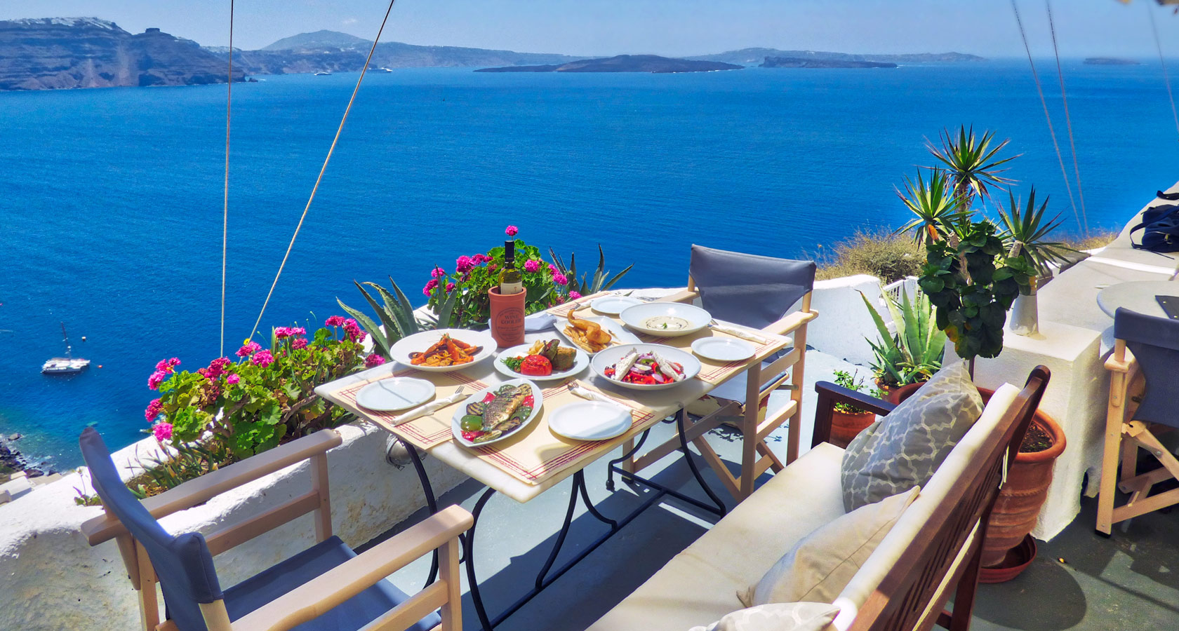 218° Santorini Café Restaurant in Oia – Exceptional Sea View